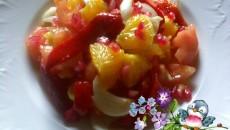 ensalada con pimientos del piquillo naranja y grana